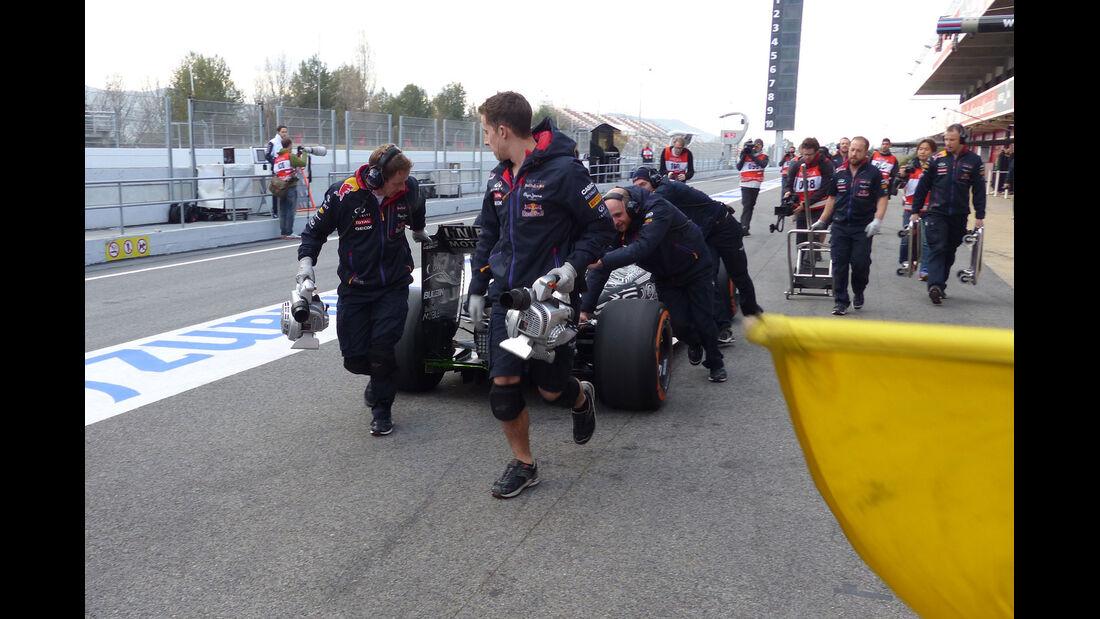 Daniil Kvyat - Red Bull - Formel 1-Test - Barcelona - 26. Februar 2015