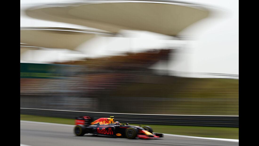 Daniil Kvyat - Red Bull - GP China - Shanghai - Freitag - 15.04.2016