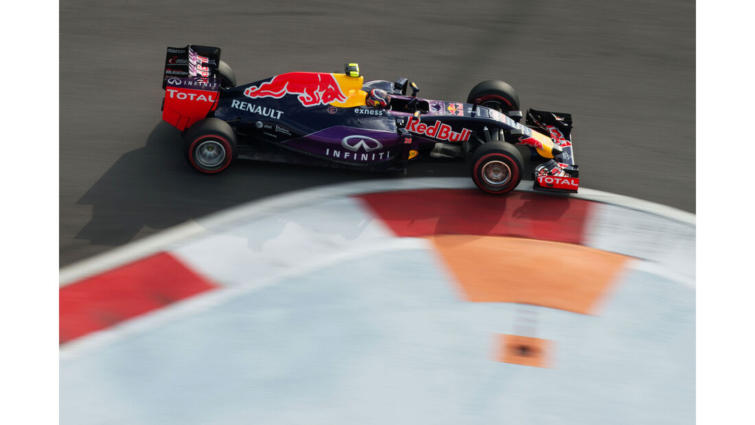 Daniil Kvyat - Red Bull - GP Russland - Qualifying - Samstag - 10.10.2015