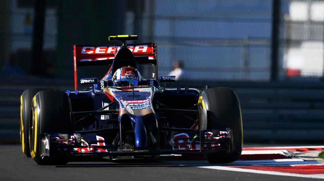 Daniil Kvyat - Toro Rosso - Formel 1 - GP Russland - Sochi - 10. Oktober 2014