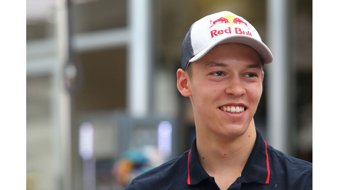 Daniil Kvyat - Toro Rosso - Formel 1 - GP Singapur - 18. September 2014