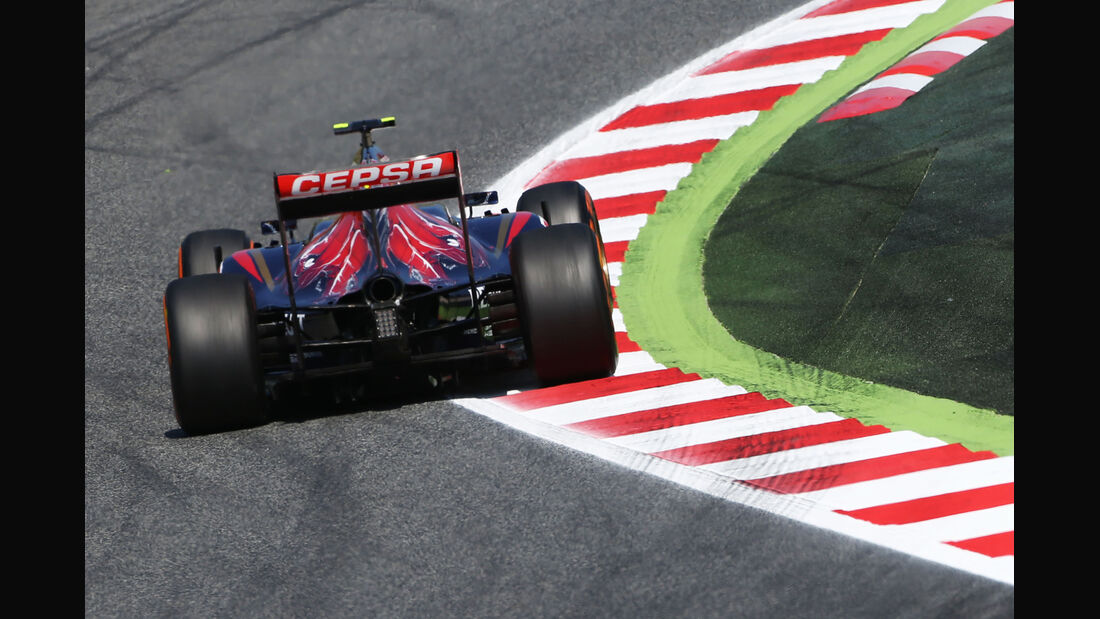 Daniil Kvyat - Toro Rosso - Formel 1 - GP Spanien - Barcelona - 9. Mai 2014
