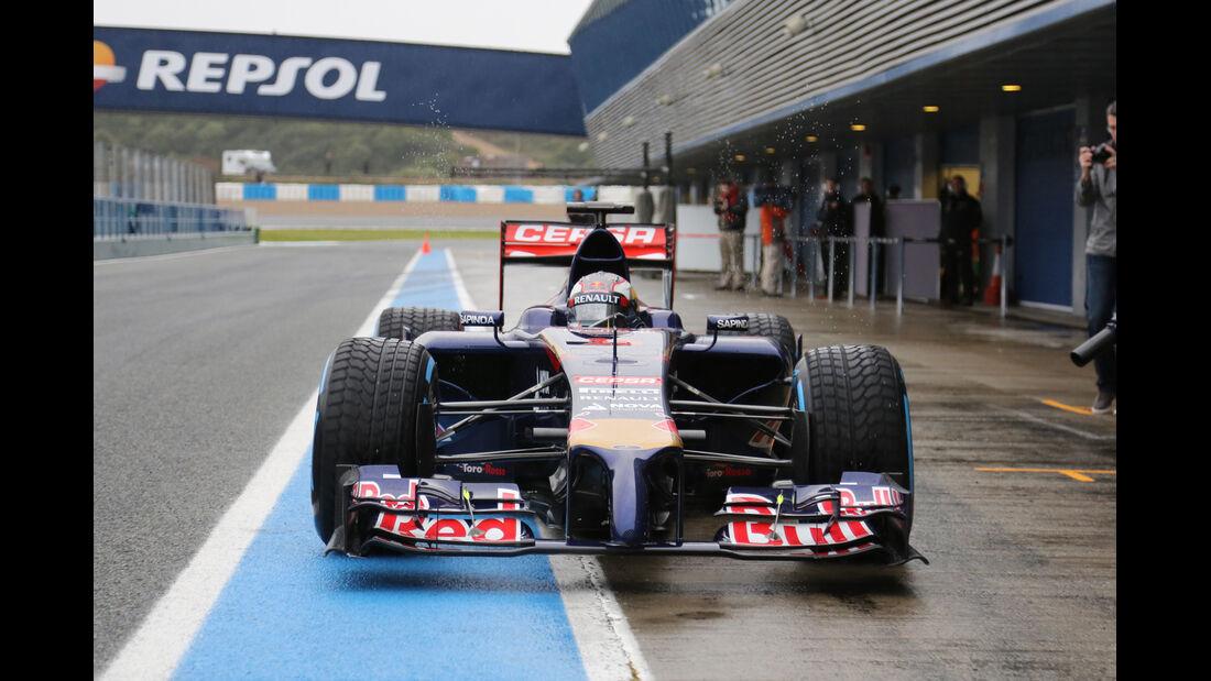 Daniil Kvyat - Toro Rosso - Formel 1 - Jerez - Test - 31. Januar 2014
