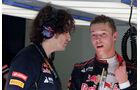 Daniil Kvyat - Toro Rosso - Formel 1 - Test - Bahrain - 27. Februar 2014