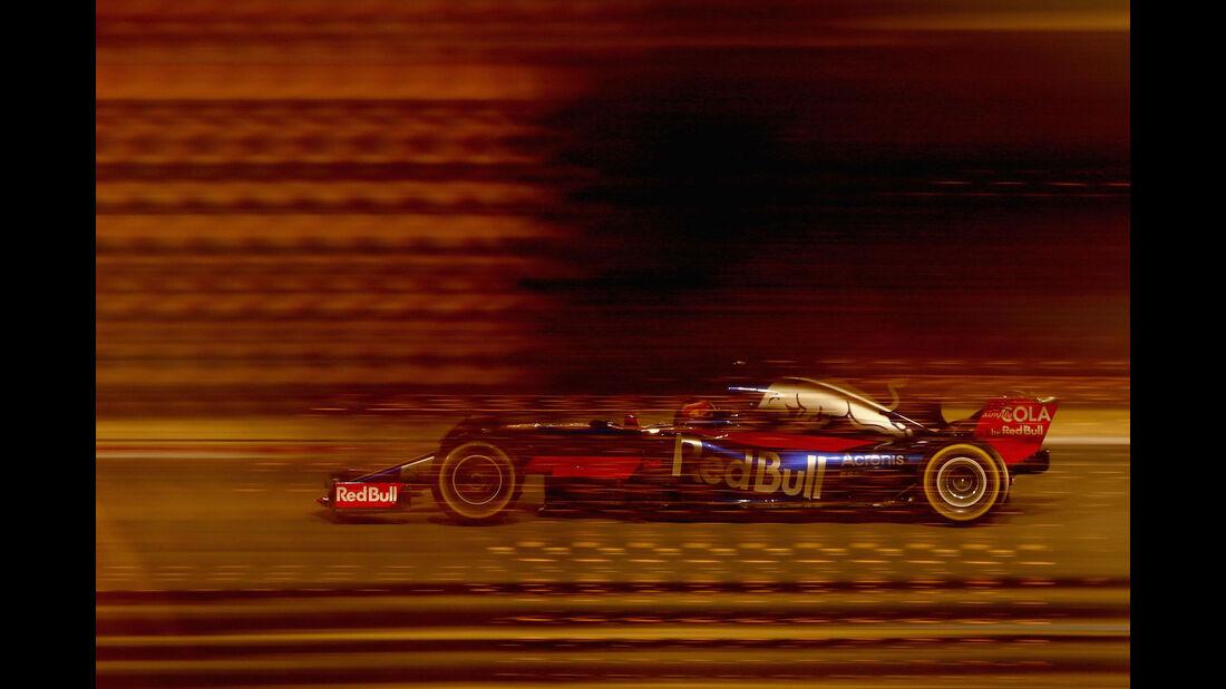 Daniil Kvyat - Toro Rosso - GP Bahrain 2017 - Qualifying