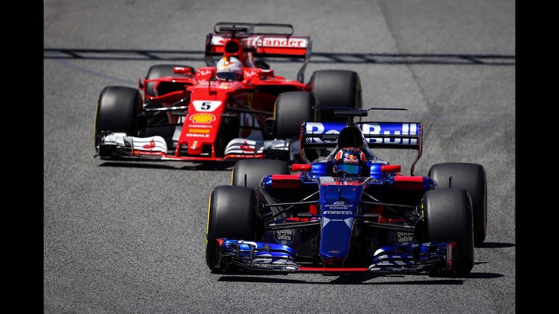 Daniil Kvyat - Toro Rosso - Sebastian Vettel - Ferrari - Formel 1 - GP Spanien - 13. Mai 2017
