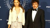 Dasha Kapustina & Fernando Alonso
