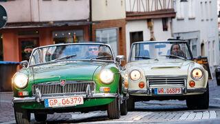 Datsun 1600 Sports, MGB MK II, Frontansicht