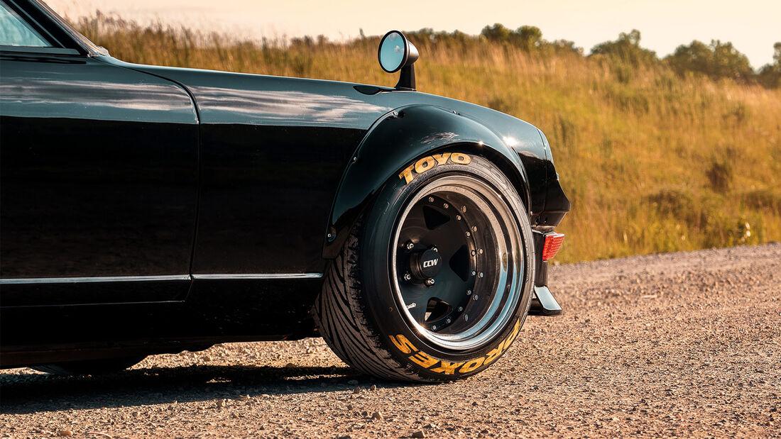 Datsun 240Z Fairlady Nissan Supra Motor Restomod