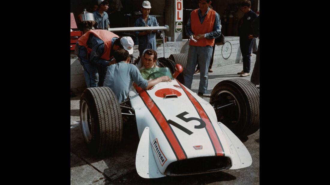 David Hobbs Honda RA301