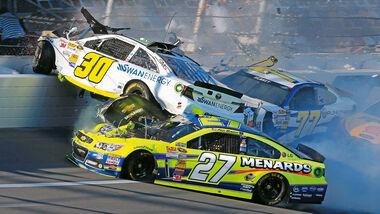 Daytona 500, NASCAR, Kligerman, Crash