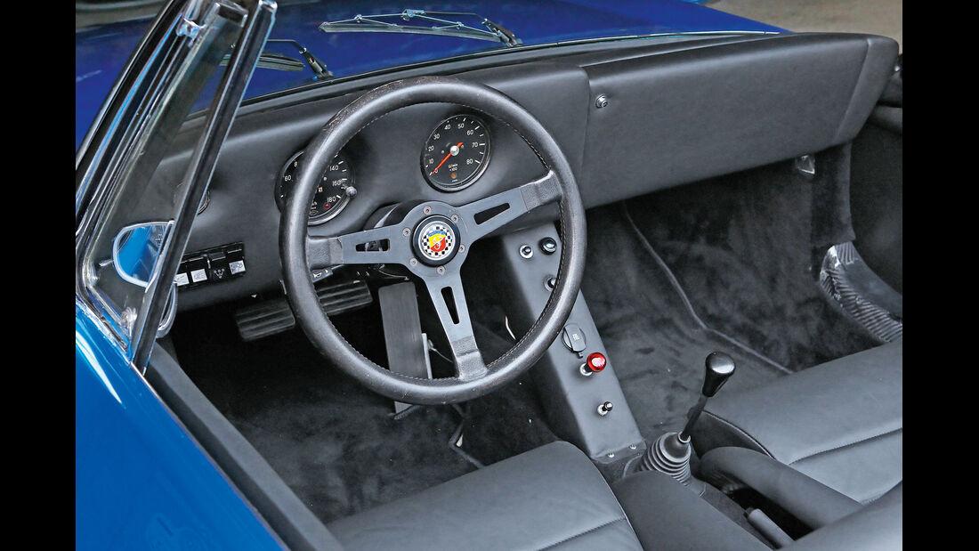 Delta 1, Cockpit