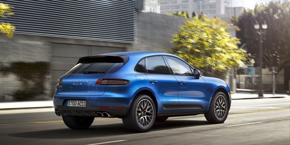 Der Porsche Macan startet mit zehn monatiger Wartezeit in den Verkauf.