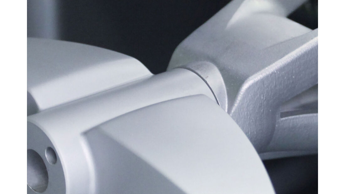 Divergent Microfactories Blade