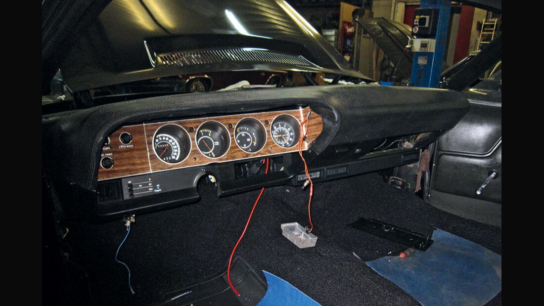 Dodge Challenger, Elektrik, Innenraum