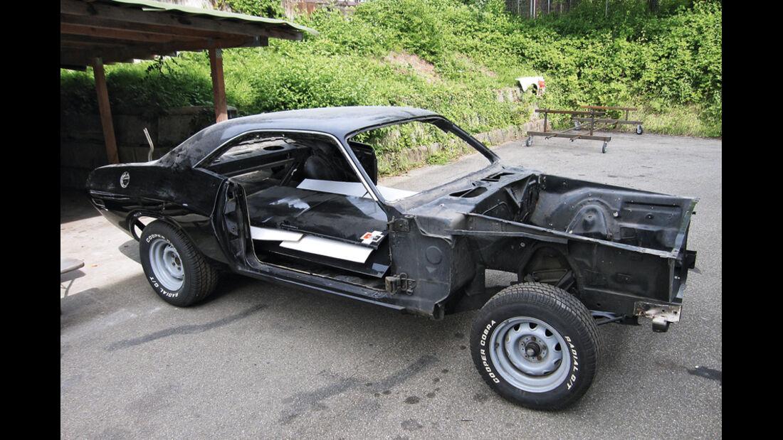 Dodge Challenger, Karosserie, Chassis