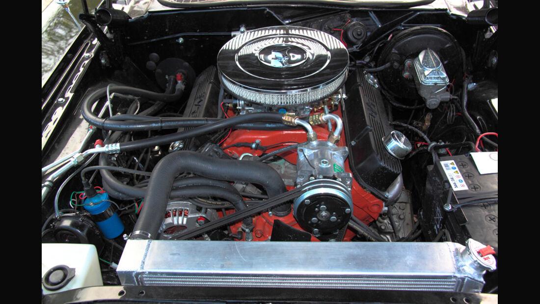 Dodge Challenger, Motor