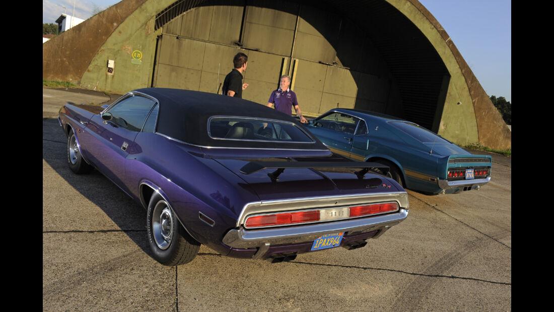 Dodge Challenger R/T 383, Baujahr 1970, Shelby Mustang GT 500, Baujahr 1969
