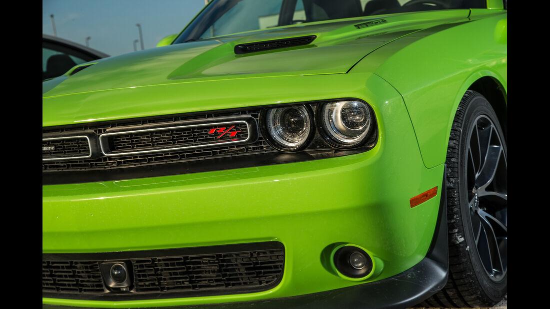 Dodge Challenger R/T, Frontscheinwerfer