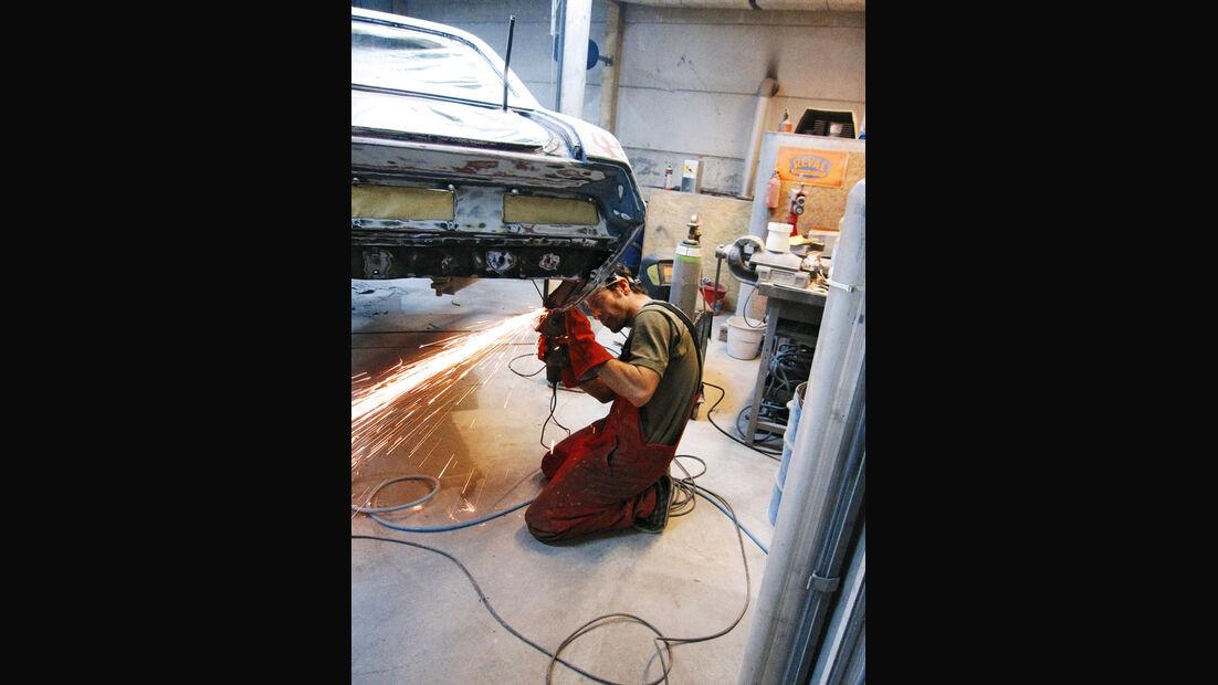 Dodge Challenger, Werkstatt, Vorbereitung, Lackaufbau