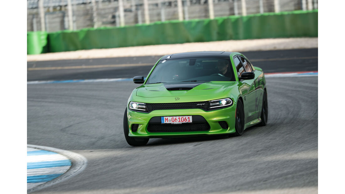 Dodge Charger Hellcat - Pony Car - Test