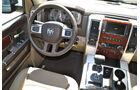 Dodge Ram 1500 4 x 4 Crew Cab