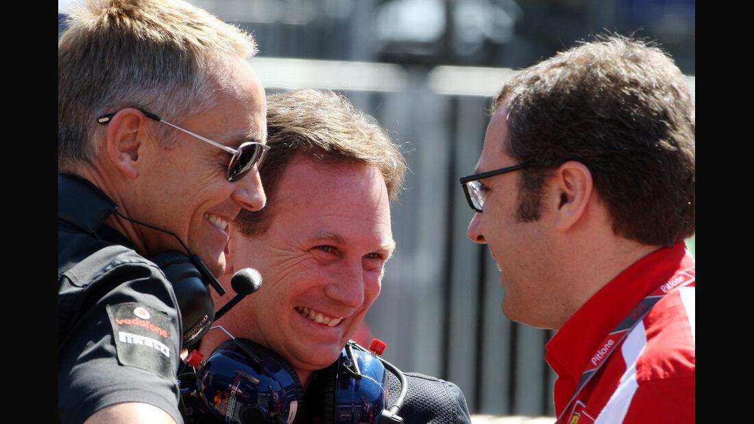 Domenicali Horner Whitmarsh Formel 1 Teamchefs 2011