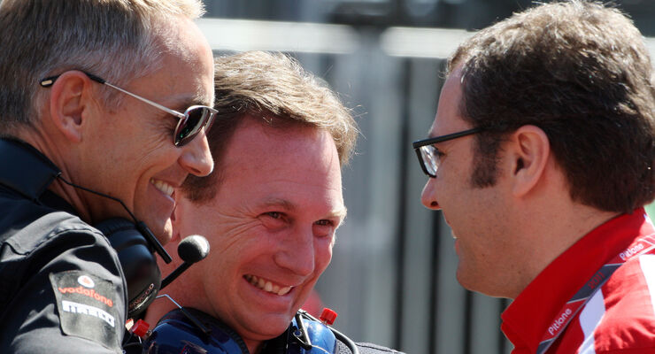 Domenicali Horner Whitmarsh Formel 1 Teamchefs 2011