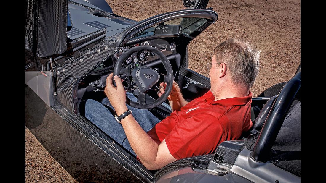 Donkervoort D8 GTO, Cockpit