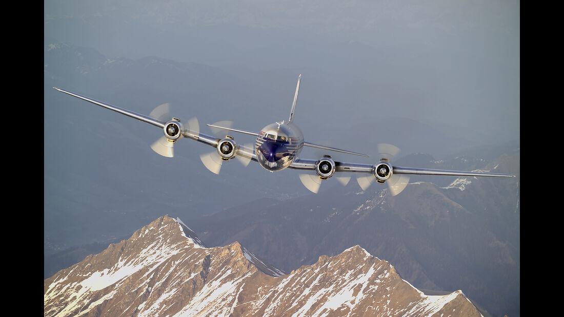 Douglas DC-6B - Red Bull