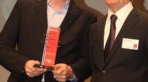 Dr. Wolfgang Armbrecht (li.), Markenchef Mini mit mit auto motor und sport-Chefredakteur Bernd Ostmann