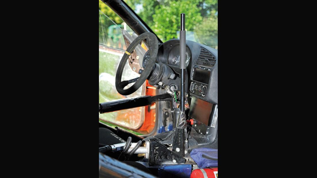 Dreier-BMW, Cockpit, Schalthebel