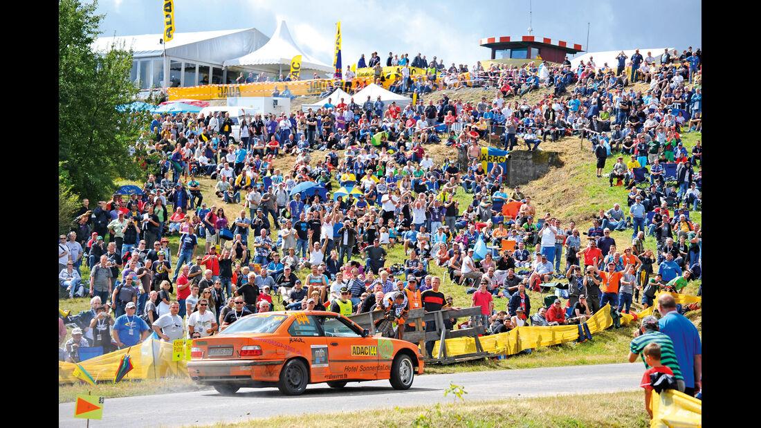 Dreier-BMW, Rennen, Zuschauer