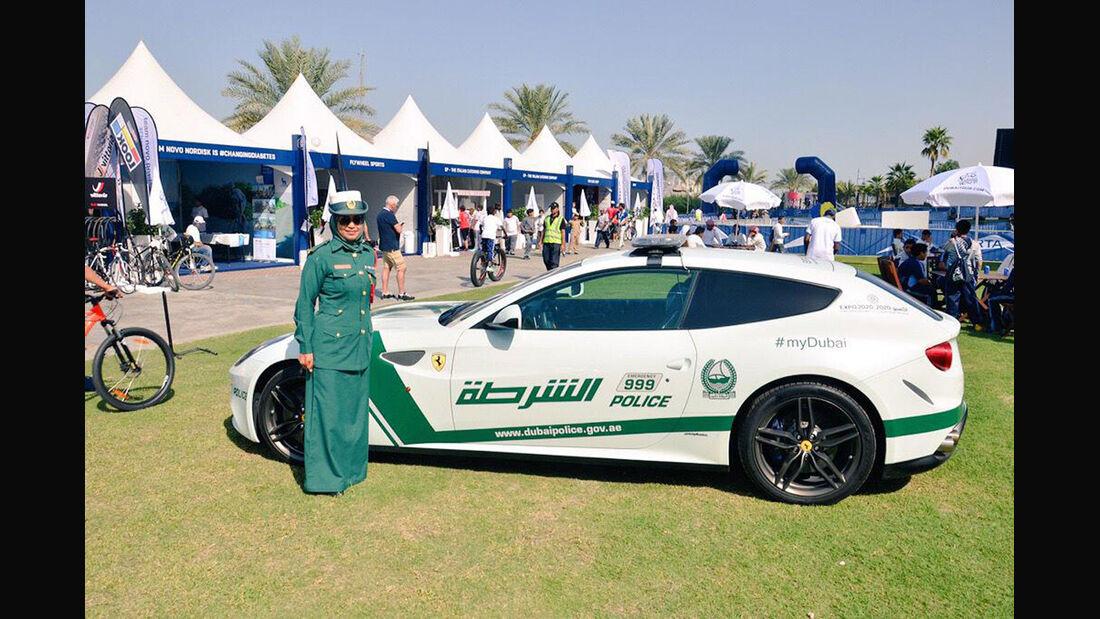 Dubai Police Cars - Polizeiautos Dubai - Ferrari FF