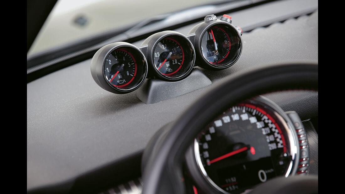 Dynamic-Automotive-Mini JCW, Anzeigeinstrumente