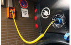 E-Auto Ladekozepte, 230-Volt-Haushaltssteckdose