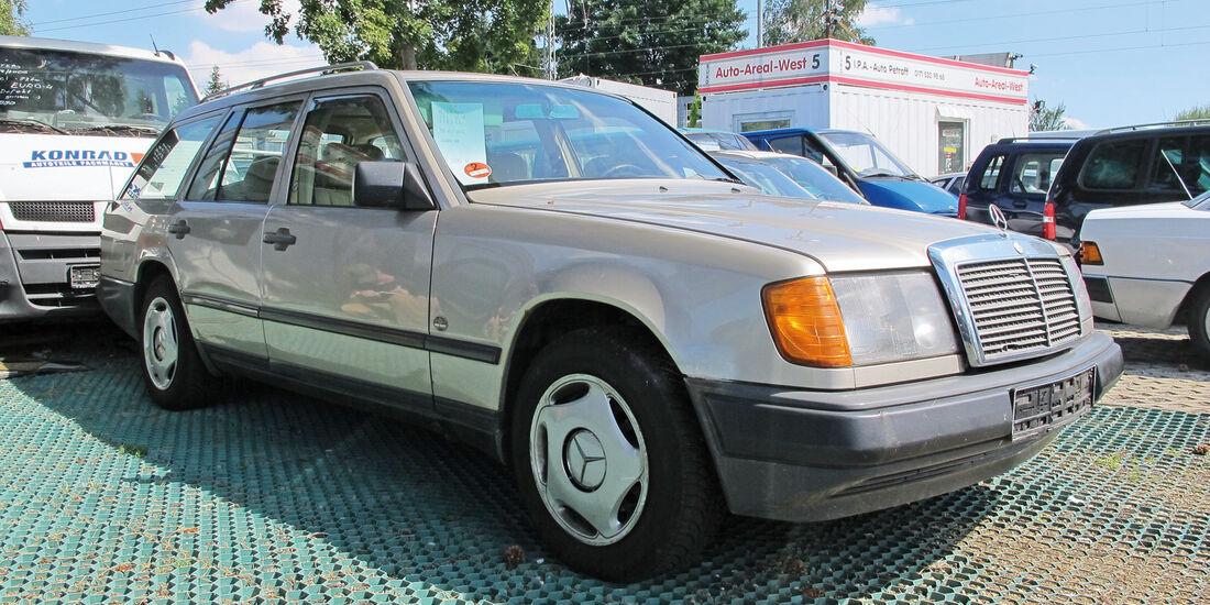 Einkaufs-Tour, Mercedes 200 TD