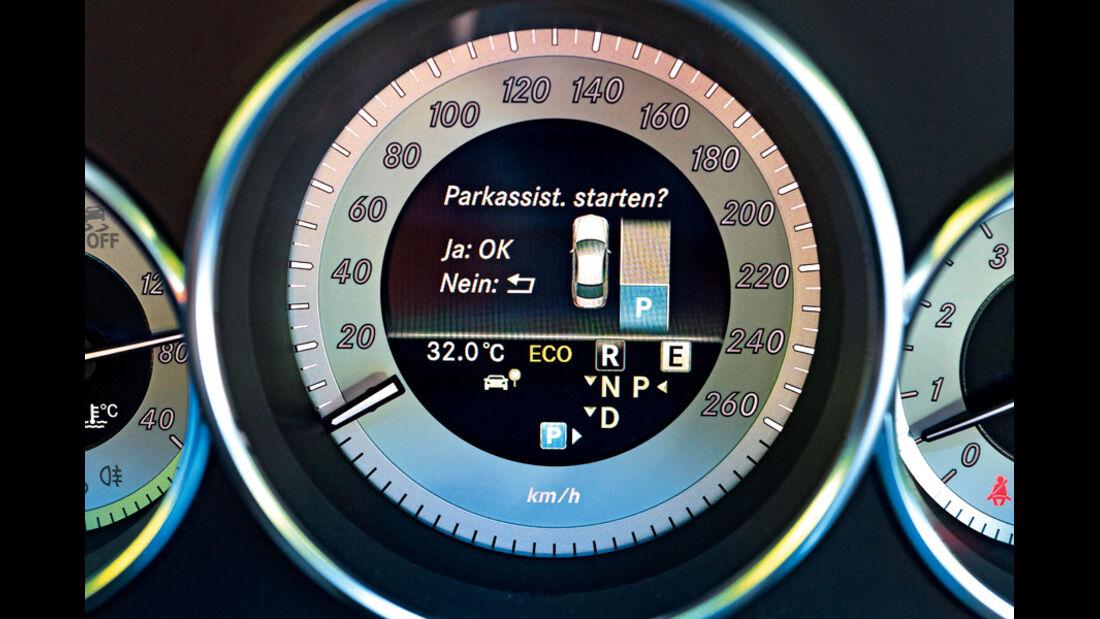 Einparksysteme, Cockpit, Tacho, Parkassistent