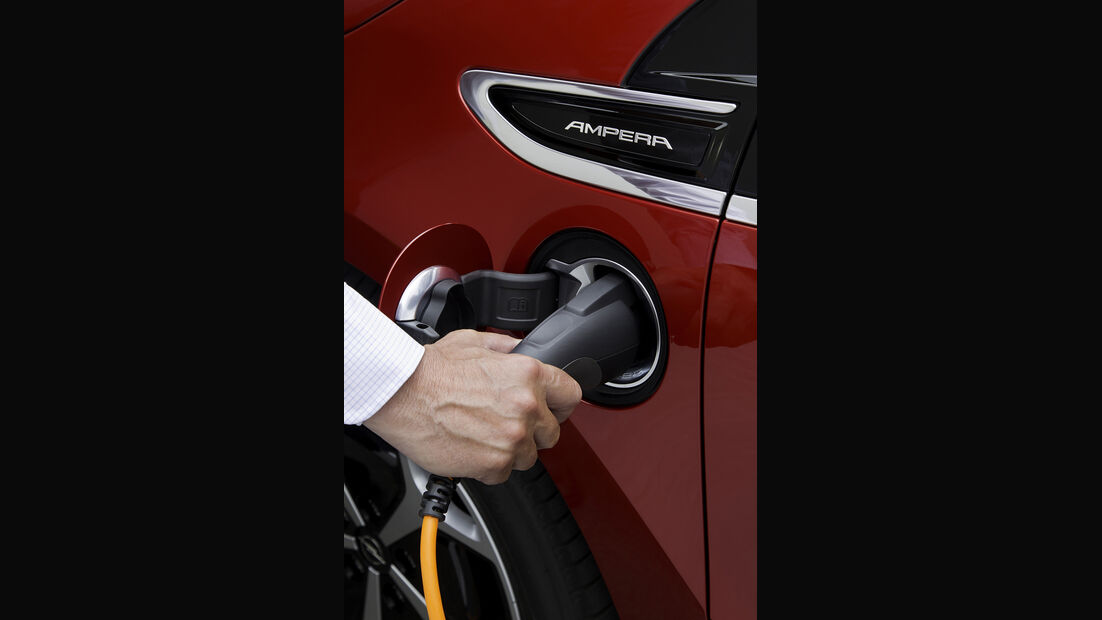 Elektroauto Opel Ampera, aufladen