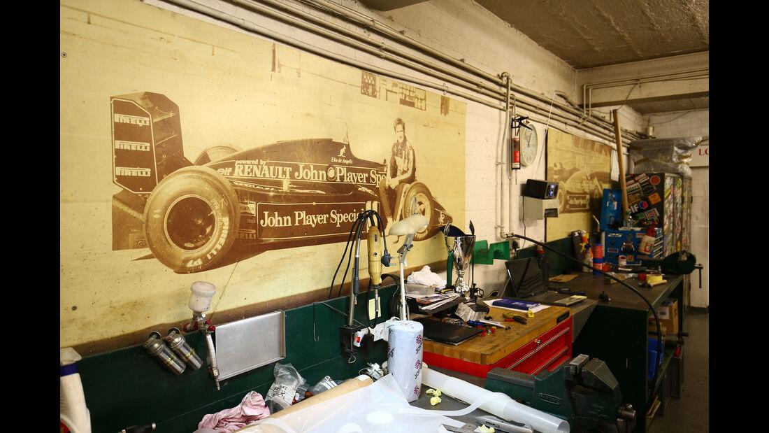 Elio de Angelis - Classic Team Lotus - Lotus Workshop - Werkstatt - Hethel - England