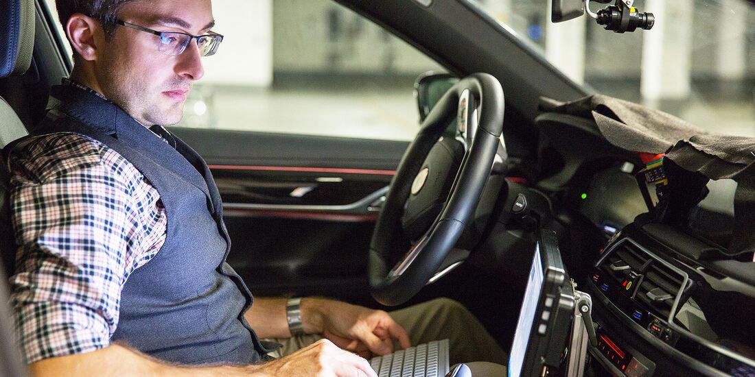 Entwicklung autonomes Fahren BMW
