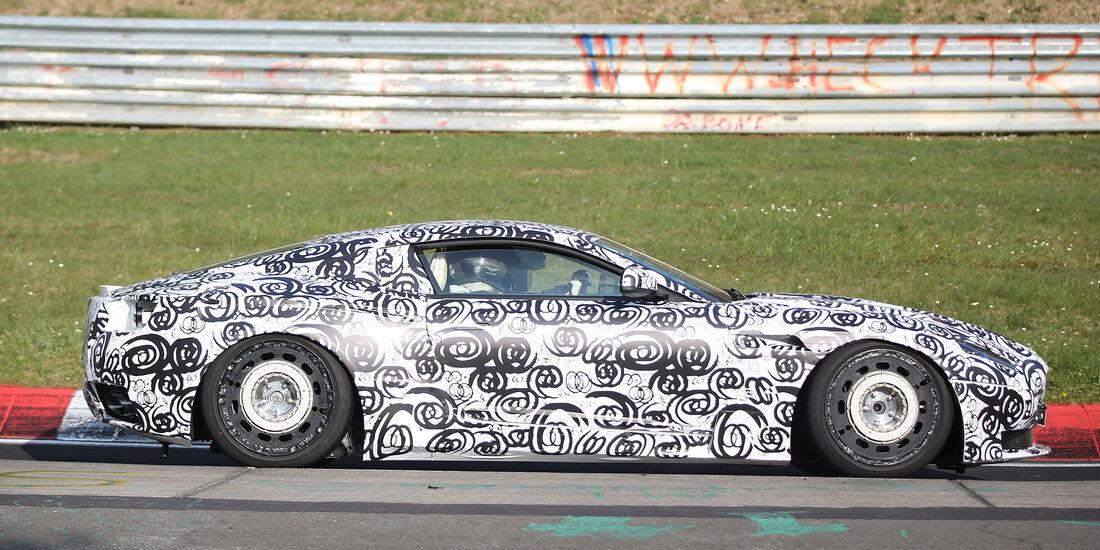 Erlkönig Aston Martin DB11