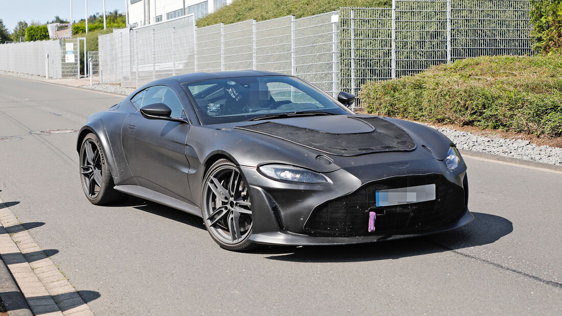 Erlkönig Aston Martin Vantage V12 RS