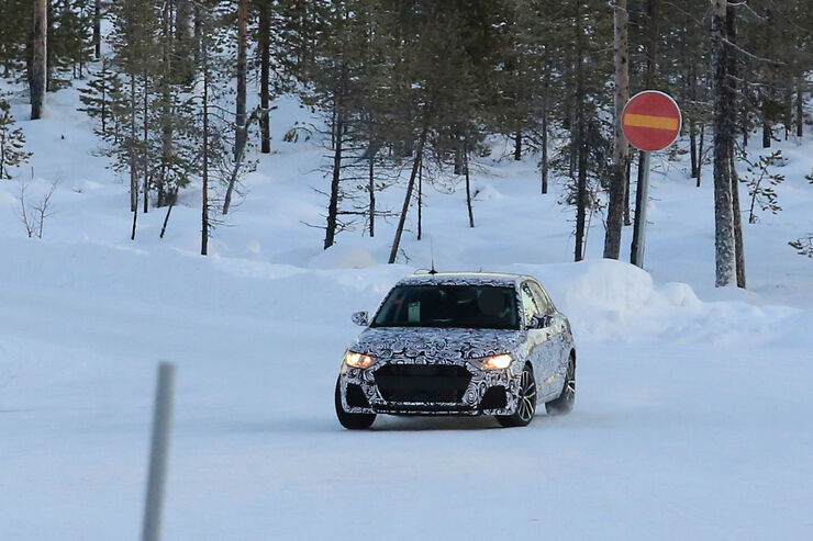 Erlkoenig-Audi-A1-fotoshowBig-dc212c26-998839