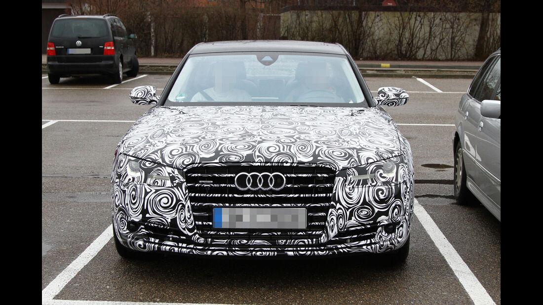 Erlkönig Audi A8 Facelift