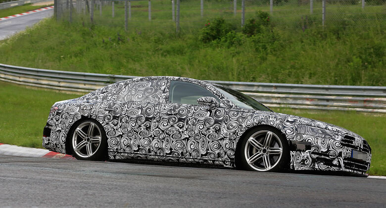 Erlkönig Audi A8