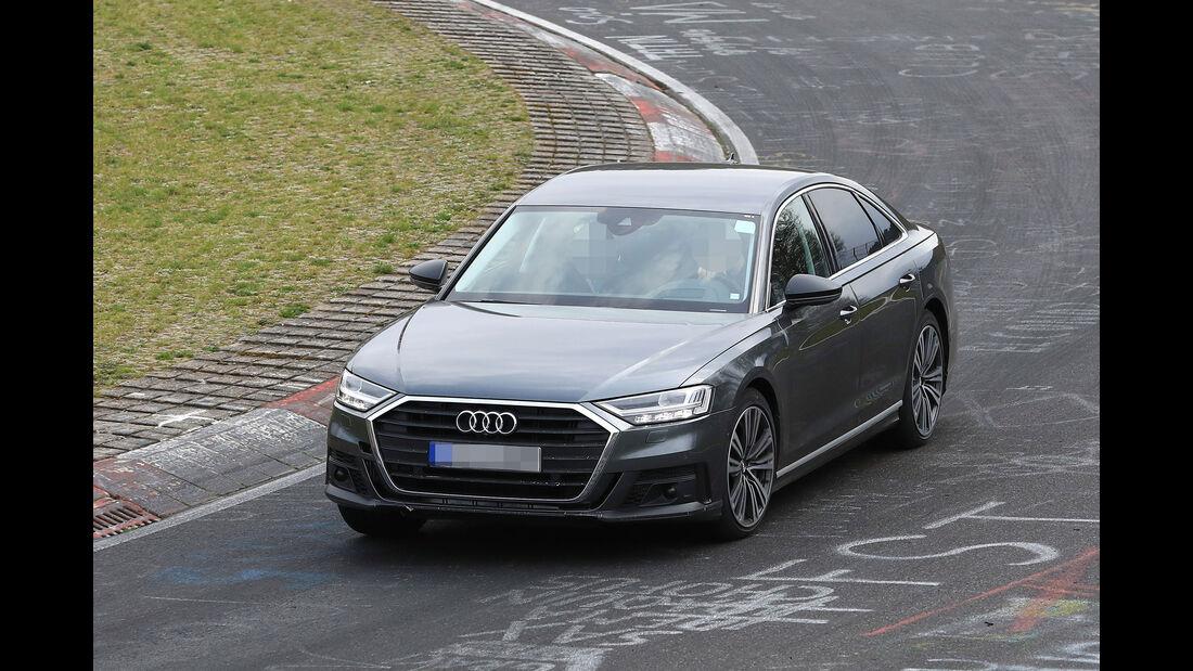 Erlkönig Audi S8