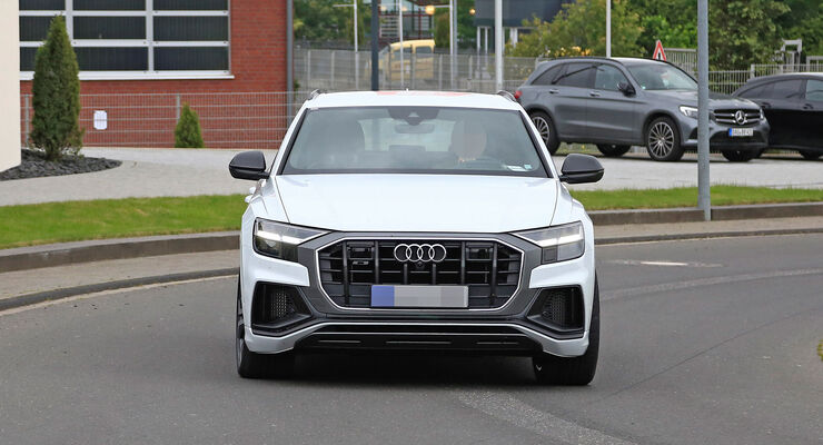 Erlkönig Audi SQ8