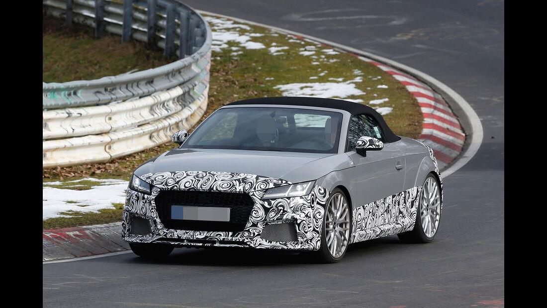 Erlkönig Audi TT RS Roadster