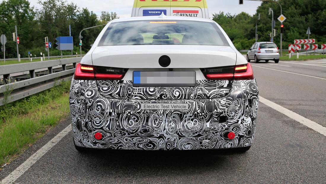 Erlkönig BMW 3er Electric / i3 Limousine